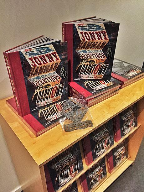 Boklansering der alle som kjøpte bok fikk med seg en spesialdesignet stensilering!