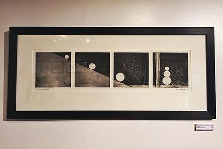 Et av bildene som henger under årets utstilling. Grytbak fortalte at det krever tolmo